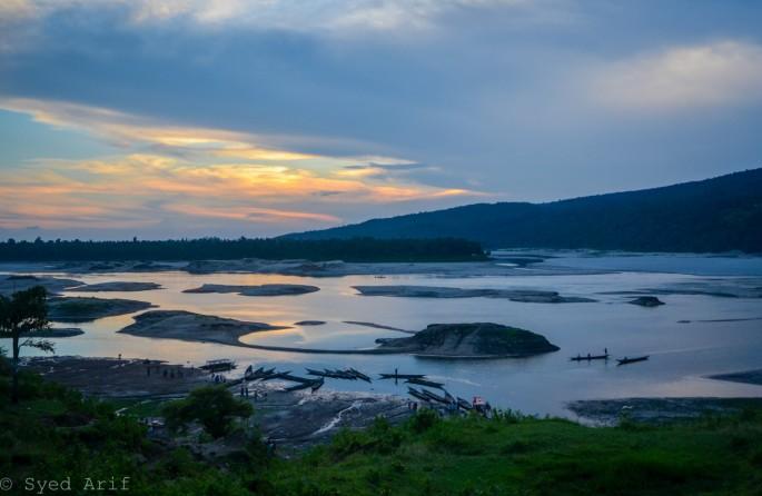Jaflong Waterside